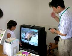 テレビの待機電力を説明。
