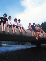 川ガキたち(写真:村山嘉昭)