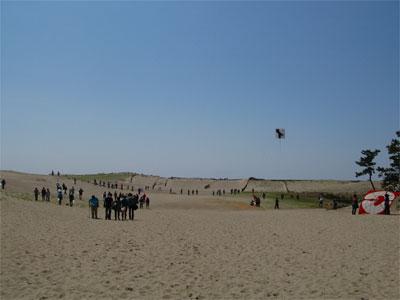中田島砂丘のゴミ拾い